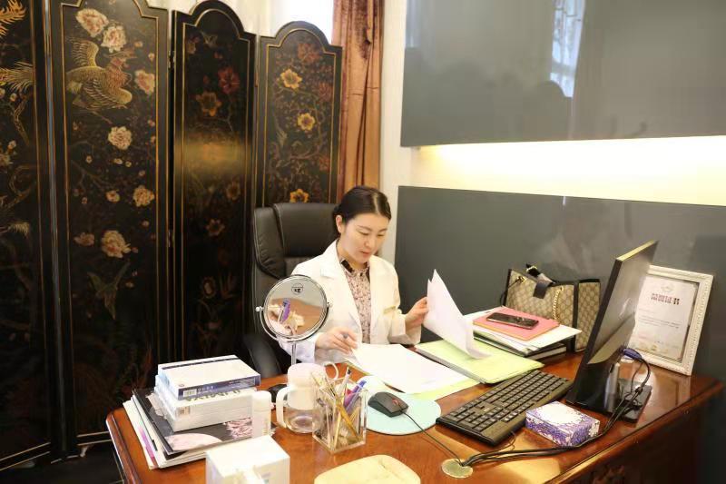 """""""抗衰女皇""""马洪云——美清医疗院长:回归医疗本质,保持匠人精神"""